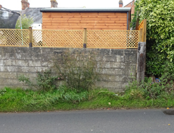 breezeblock wall, Cashes Green Rd